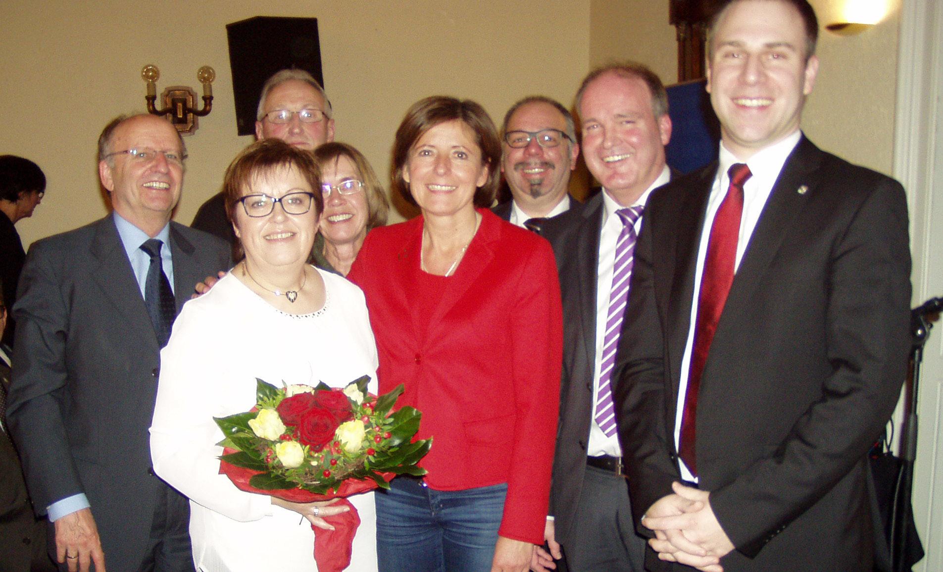 Kreisverband und Gäste verabschieden Monika Fink