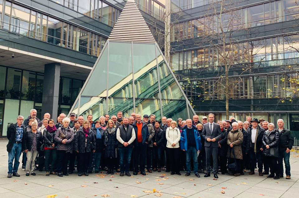 Bürgerinnen und Bürger aus Zweifelscheid, Neuerburg und Brimingen, zu Besuch im Landtag